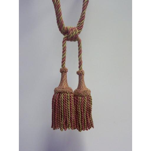 gavotte-2-tasselled-tieback-with-bullion-skirt-colour-33-671-p.jpg